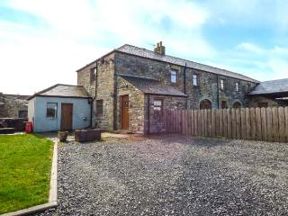 THE BARN COTTAGE, stone cottage, woodburner, WiFi, pet-friendly, near Hexham, Ref 916544