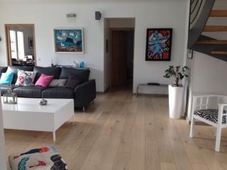 Maison neuve style neo-basque proche d' Anglet