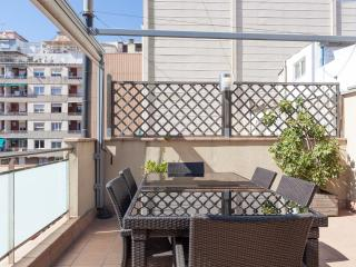 Luxury 1 Bedroom with Large Terrace, Barcelona