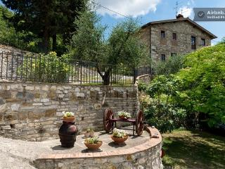 Apartment in typical tuscan farmhouse, Bagno a Ripoli