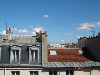 HEART OF PARIS near Louvre & La Seine, Paris