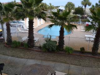 First Floor, Pool View, Beautiful Beaches!, Panama City Beach