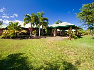Gated 5 Acre Estate with Pool & 50 foot waterslide, Kilauea