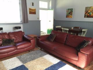 second image of living area.