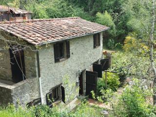 Tuscan foothills getaway, Pescaglia