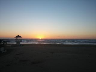 vista spiaggia sotto casa