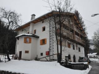 appartamento con giardino in casa storica