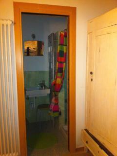 accesso al bagno della camera matrimoniale al piano terra