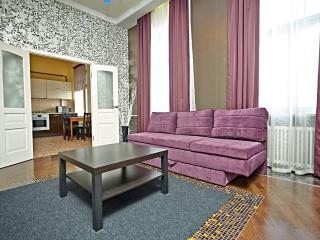 Premium 1-br apartment, Nevsky Prospekt 73-75, São Petersburgo