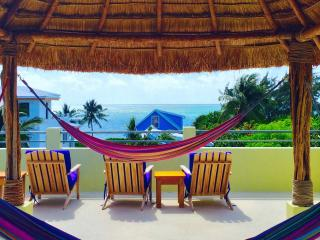 Ocean View Home with Swimming Pool / Dock, Caye Caulker
