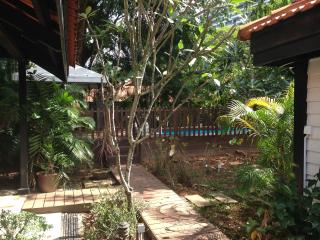 Garden Room Near NUS / One North with Private Pool, Singapore