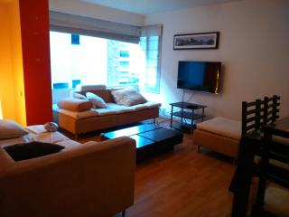 APARTMENT IN QUITO Av. República del Salvador, Quito