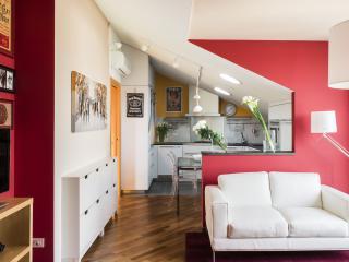 Gorgeous apartment in Navigli Area, Milán