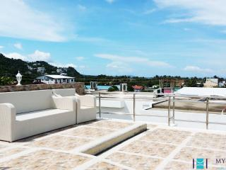 3BR w/ Roof Terrace in Station 1, Boracay - BOR006