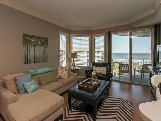 1504 SeaCrest - 5th Floor Oceanfront & Renovated.  Stunning Views., Hilton Head