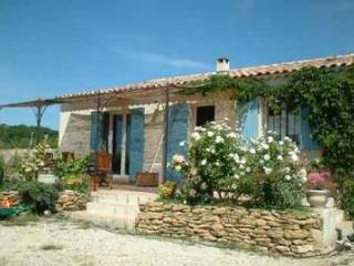 2 Bedroom Villa in Bouches du Rhone