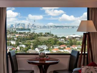 Serviced Apartment Spencer on Byron in Takapuna on North Shore, Auckland near