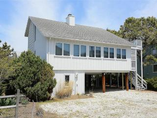 Close to the beach! 3 bedroom, 2 bath home with deck, South Bethany