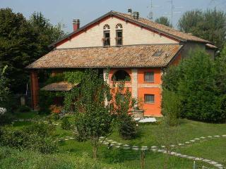 casa del glicine, Módena