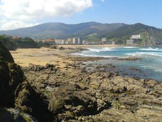 Primera linea de playa, Bakio