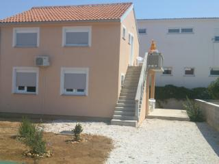 Island Vir, Apartment for rent