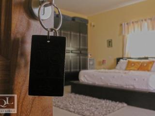 Quest Lodge 1 Bedroom Sleeps 4, Acra