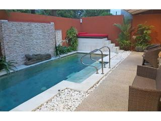 Great pool 9 m x 3 m