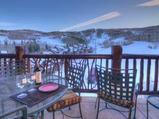Top Floor Penthouse, Definitive Ski-in/Ski-out, Avon