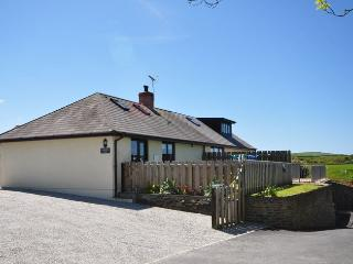 PENKE House situated in Crackington Haven (1ml S)