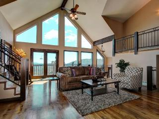 4000 SqFt Luxury Mountain Home 30 Mins to Denver