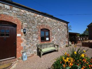 KENCI Barn situated in Exeter (3mls E)