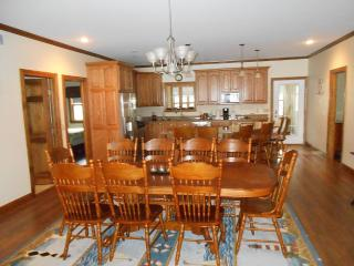 Magnificient East Side Newly Built Home, Penn Yan