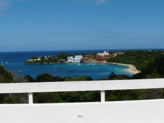 3BR PH 300m to beach ideal for bachelors/groups, Sosua
