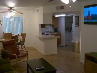 Cool 2 Bedroomcondo Next To Suncities In Surprise
