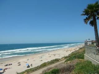 Luxury Beach Vacation Rental 02