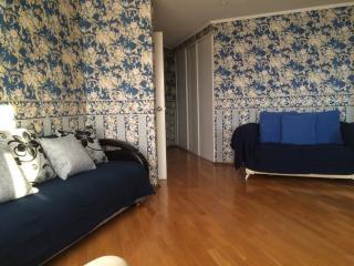 2 изолированные спальни и одна просторная гостиная