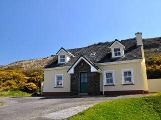 Beautiful house;An Máimín; Ballyferriter, Dingle