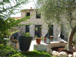 Luxueuse charmante maison ancienne avec terrasse, Peymeinade