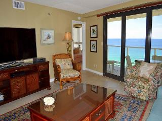 Sandestin beachfront condo ~ waterfront balcony, shopping & dining, fireworks
