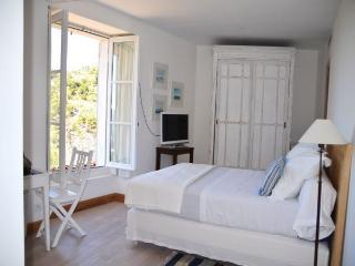 Bed and Breakfast, Bormes les mimosas, The house of the medieval village, Bormes-Les-Mimosas