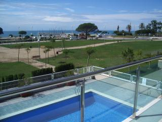 Luxury three bedroom penthouse on Cambrils beach.