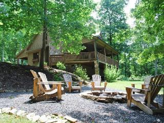 Tranquility-Private Cabin with hot tub, Jefferson