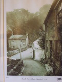 Old postcard of Peak Cavern Gorge