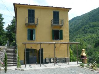 4 Bedroom Villa in North Tuscany