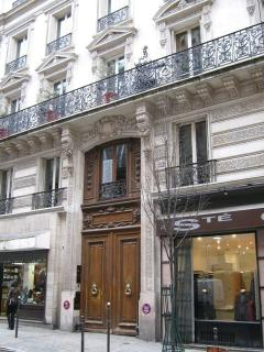 Apartment facade, located less than 2 minute walk to the metro.
