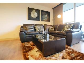 THREE BEDROOM AND LUXURY APARTMENT