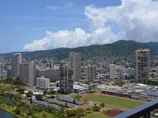Gorgeous Sunset Views ~ RENOVATED!   Island Colony #3504, Honolulu