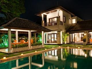 Villa Sunset of Puri Tirta, Nusa Dua