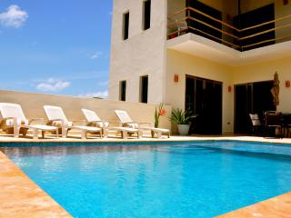 Beautiful Private Island Villa...Welcome to Estrella del Mar!, Isla Mujeres