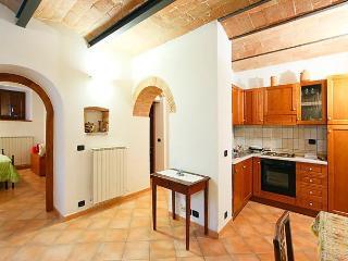 Holes, Castellina In Chianti